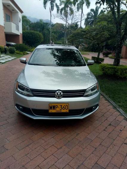 Volkswagen Nuevo Jetta 2.5 Versión Comfort Line