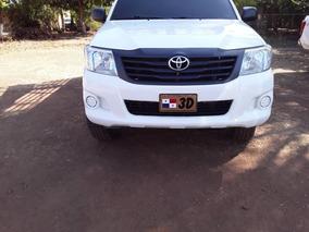 Toyota Hi Lux Pick Up