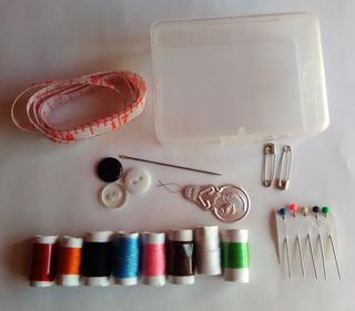 Costurero 8 Hilos Cajita De Plástico