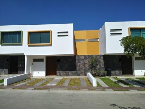 Casa En Renta Sorrento Residencial Tlajomulco