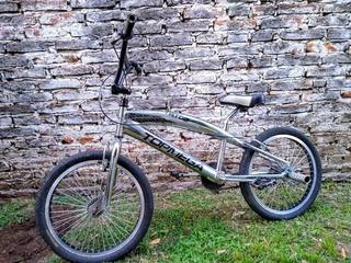 Bicicleta Freestyle Bmx Topmega Tatoo R 20