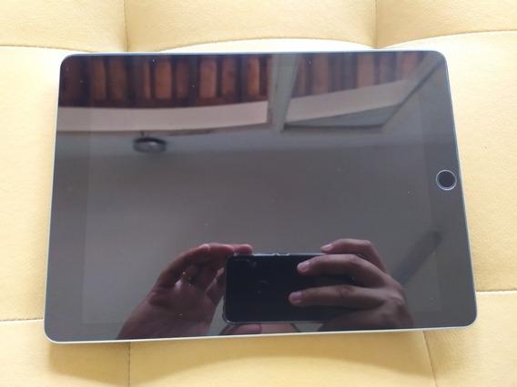 iPad Pro 9.7 128gb + Apple Smartkeyboard + Adaptador Hdmi