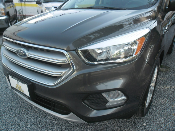 Suv Ford Escape S Mod. 2017 Gris 5 Pts Aut $ 254000