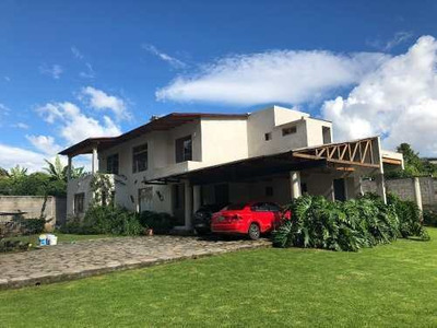 Bonita Casa En Ixtla