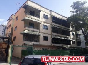 19-13180 Amplio Apartamento En Bello Monte