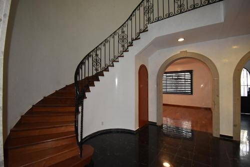 Imagen 1 de 10 de Hermosa Casa En Venta De 440 M2 En Condesa