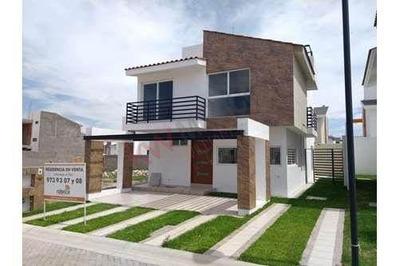 Trm859 Venta De Casa Nueva En Coto Zona Norte, Las Plazas