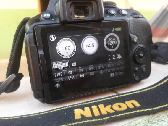 Câmera Nikon D5300 + Lente 18-55mm