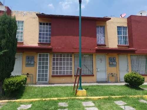 Casa En Venta En Fuentes De San Jose, Nicolas Romero, Rah-mx-19-2230