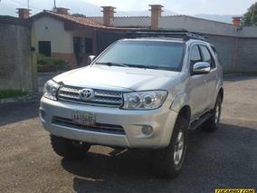 Toyota Fortuner Sincrónico