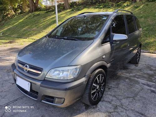 Chevrolet - Zafira  4p 2012