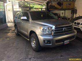 Toyota Sequoia Platinum 4x4 - Automatico