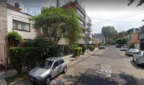 Casa En B. Juarez, Col. Letran Valle, Calle Jaina