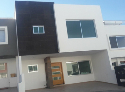 Hermosa Casa En Milenio Iii, Premium En 3 Niveles, Roof Garden, Alberca, Lujo!