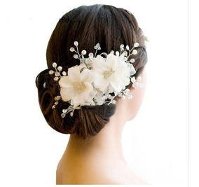 Arranjo Enfeite Cabelo Flor Cristais Noiva Debutante 001