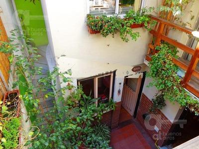 San Telmo. Ph En Duplex 4 Ambientes Con Patio Y Terraza. Alquiler Temporario Sin Garantías.