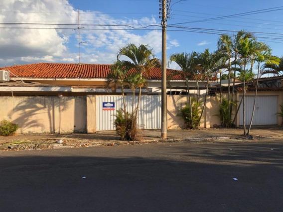 Casa Em Saudade, Araçatuba/sp De 280m² 3 Quartos Para Locação R$ 3.000,00/mes - Ca239769