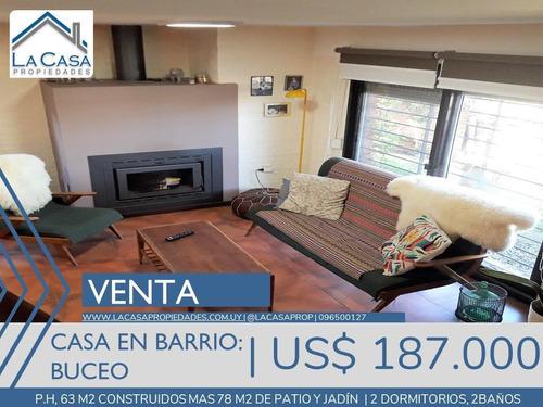 Casa En Buceo, Muy Buen Estado, 2 Dormitorios, 2 Baños, Cochera Y Parrillero
