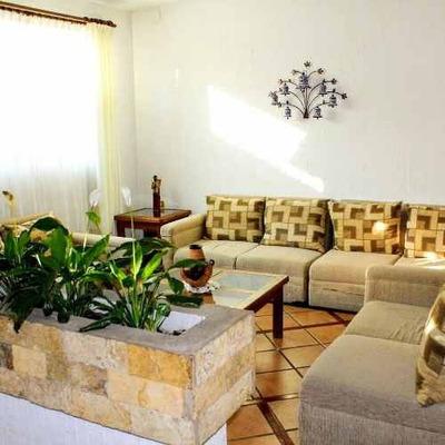 Venta De Casa Residencial En Colonia La Paz