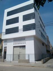 Edificio Completo - 30 Oficinas Y Local Comercial - Alquilo