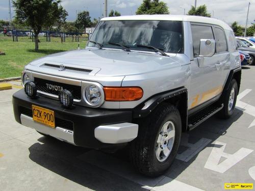 Toyota Fj Cruiser At 4.0 V6