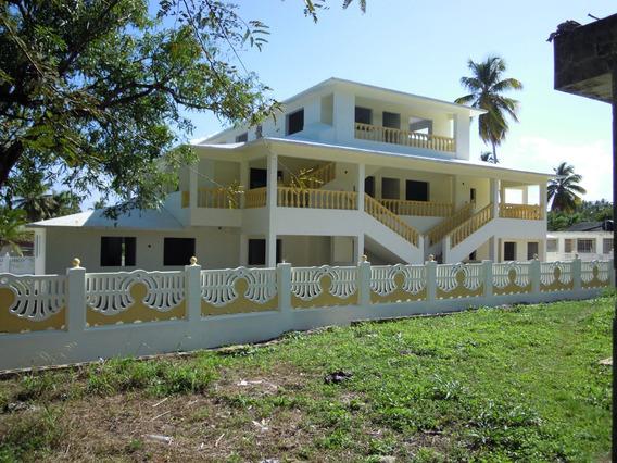 4 Apartamentos En Complejo Residencial Con Piscina Y Playa