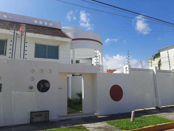 Casa Por Costco 3 Pisos Todos Los Aires Alberca Seguridad