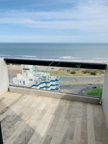 Apartamento En Venta, Primera Línea, Punta Del Este- Ref: 334