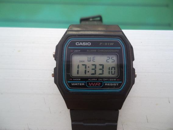 Relógio Casio, Modelo F-91-w