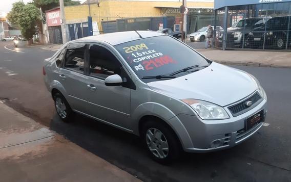 Fiesta Sedan 1.6 Comppleto 2009
