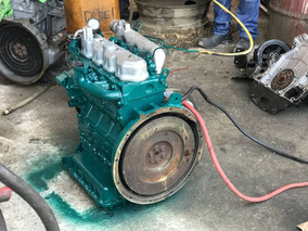 Motor Kubota V2203 Bobcat Minicargador