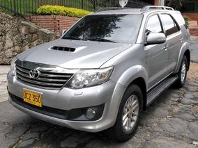 Toyota - Fortuner [fl] Sr5 - At 3000cc Td 4x4 Diesel