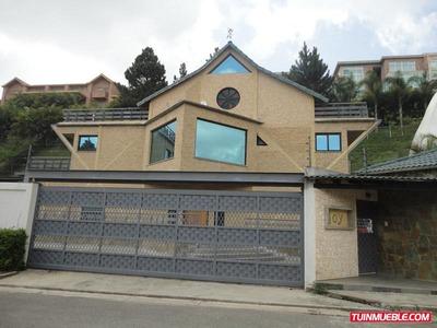 Casas En Venta. Urb Alto Hatillo.18-9114