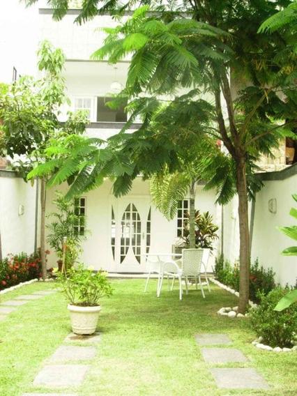 Casa Para Alugar Na Rua Frederico Quartarolli Em Recreio Dos Bandeirantes, Rio De Janeiro - Rj - Liv-2602
