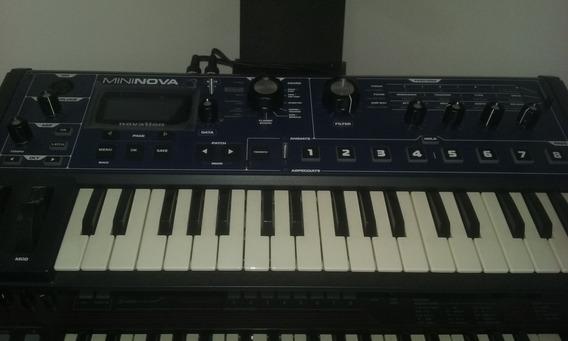 Sintetizador De 37 Teclas- Mininova Novation