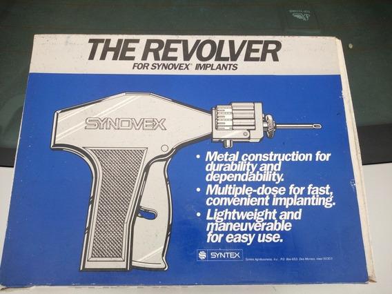 The Revolver/ Implantadora