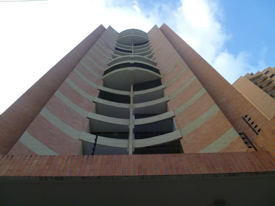 Apartamento En Venta Las Chimenea Valencia 1911457 Rahv