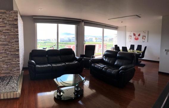 Venta Apartamento, La Felicidad, Amplio, Vista Cerros