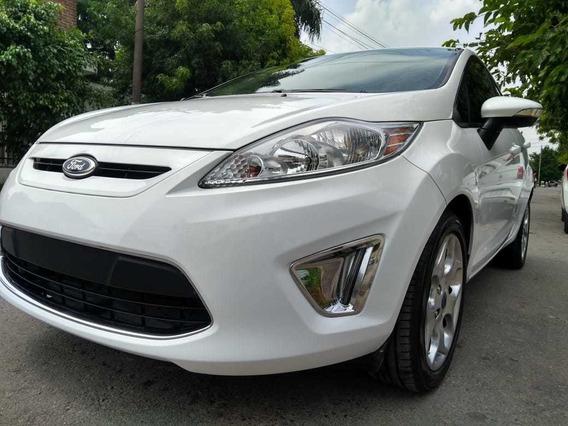 Ford Fiesta Kinetic Design 1.6 Titanium (mexicano)