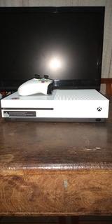Xbox One + Joystick + 3 Juegos Físicos