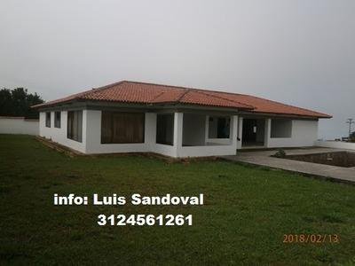 Casas En Venta La Mesa 532-2447