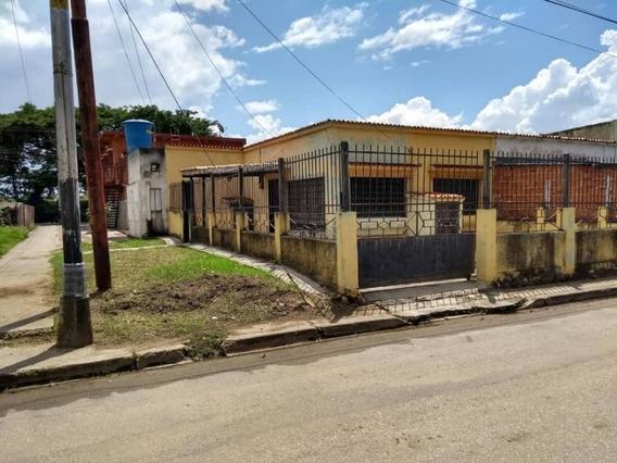 Casa En El Palotal 100mts $8.500 Ca20-1208z