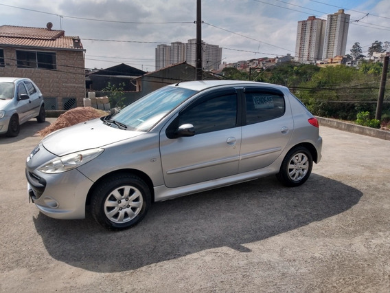 Peugeot 207 1.4 Xr Sport Flex 5p 2011
