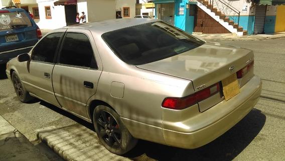 Oportunidad Toyota Camry 97 - 145000 $
