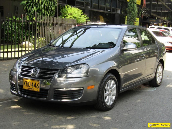 Volkswagen Bora Style Active 2500 Cc At