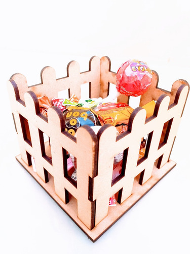 Imagen 1 de 6 de Candy Bar Cerco Souvenir - Mdf / Fibrofacil