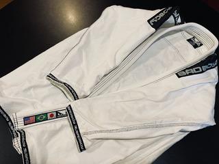 Kimono Importado Badboy Original Jiu Jitsu Mma Bad Boy Gi