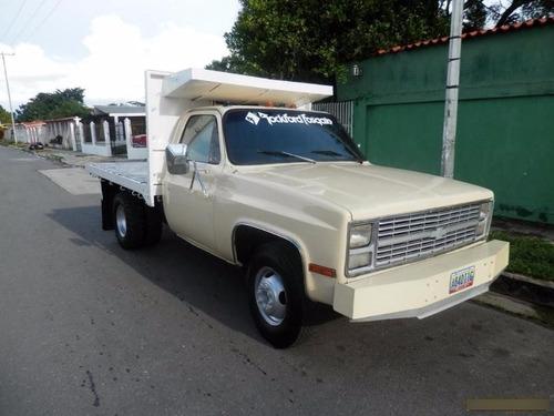 Imagen 1 de 2 de Deflectores Tejas Negras Pestaña Camion Chevrolet C30 X 2