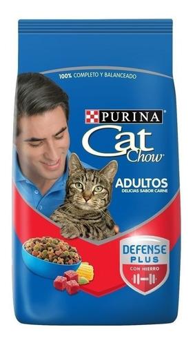 Imagen 1 de 2 de Alimento Cat Chow Defense Plus para gato adulto sabor carne en bolsa de 8kg