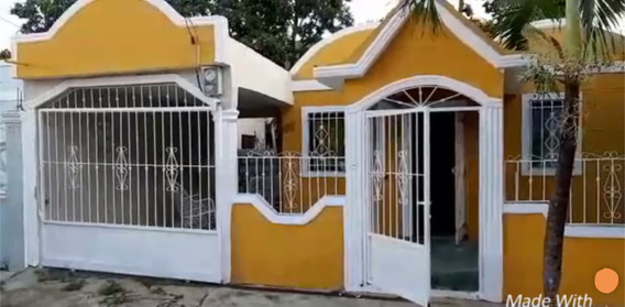 Se Vende Casa Económica, San Isidro, Cerca De La Base Aérea